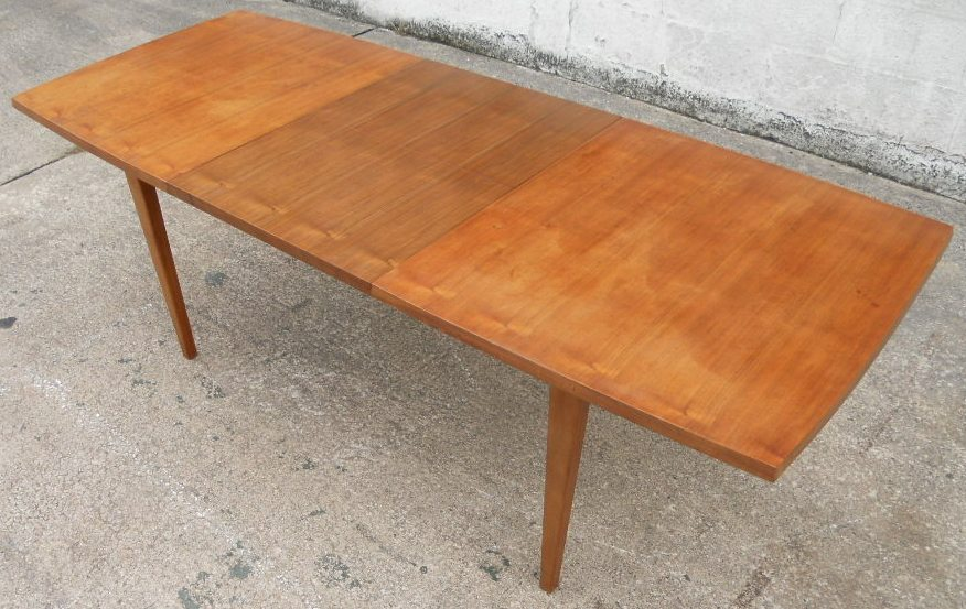 1960s retro teak wood extending dining table to seat eight - Dining Table Retro